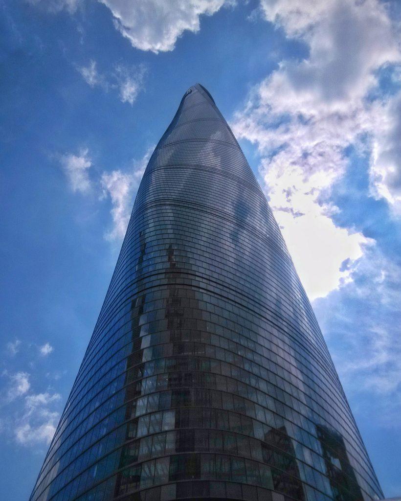 Кулата небостъргач Шанхай